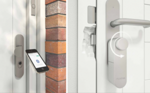 Flexeria-elektrisch-deurslot-met-afstandsbediening
